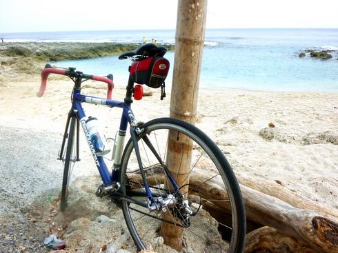 藍色公路上的明珠小琉球 冷吱吱騎車避風趣