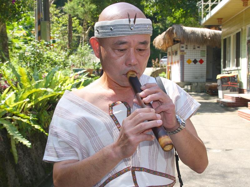 【文化】結合阿美族及泰雅族笛子於一起的創新笛子